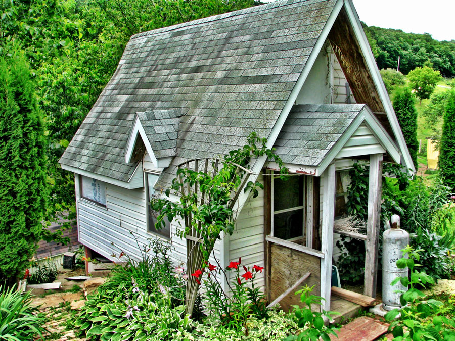 Tiny House Built From Leftovers Tiny House Swoon