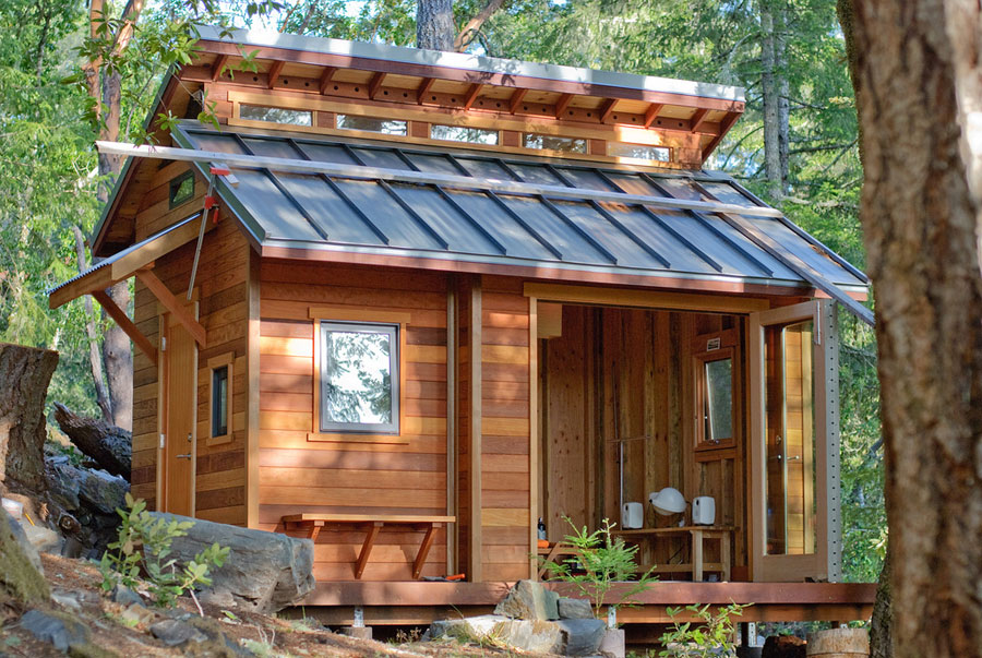 tiny house in the wilderness - Tiny House Framing 2