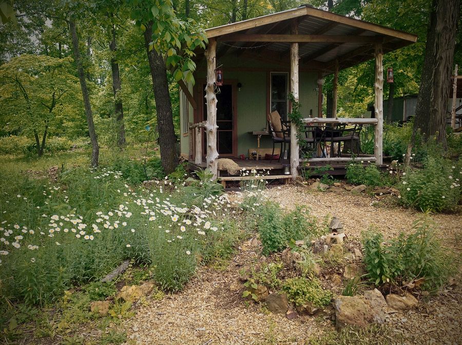 Diy tiny cabin homestead tiny house swoon for Diy cabins and cottages