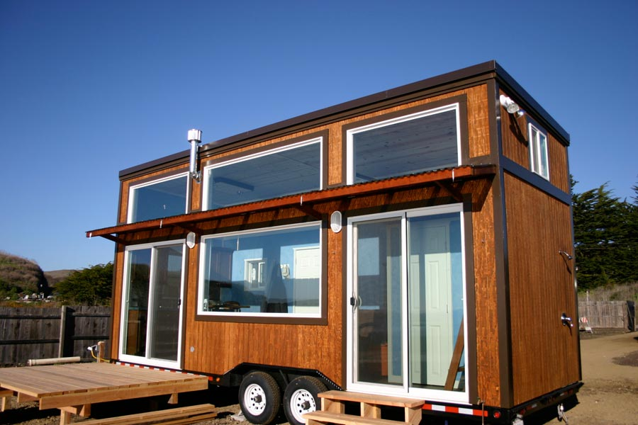 Small Portable Trailers : Surf shack tiny house swoon