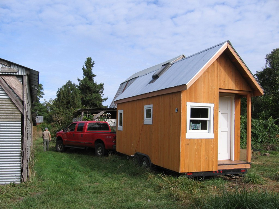 hallies-tiny-house-3