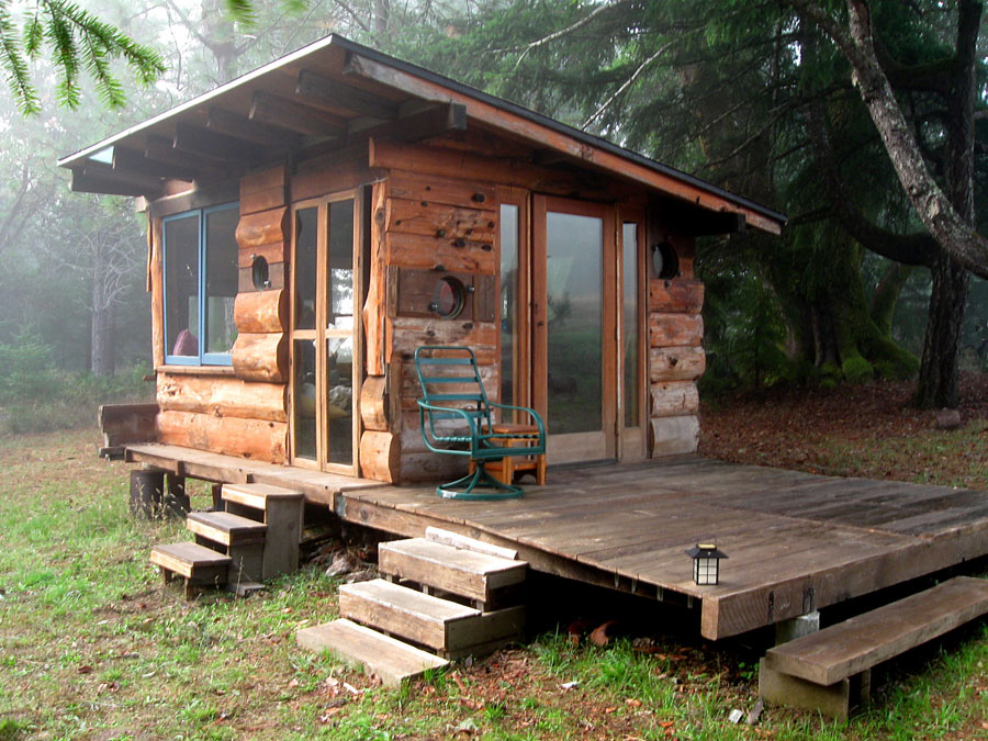 Deep woods tiny house tiny house swoon for How to build a house in california