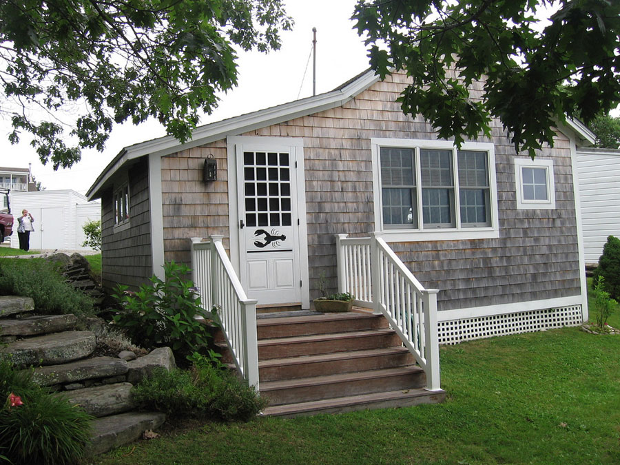Coastal cottage tiny house swoon for Maine home plans