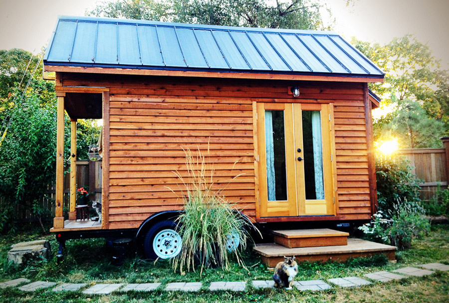 rowdy-kittens-tiny-house-1