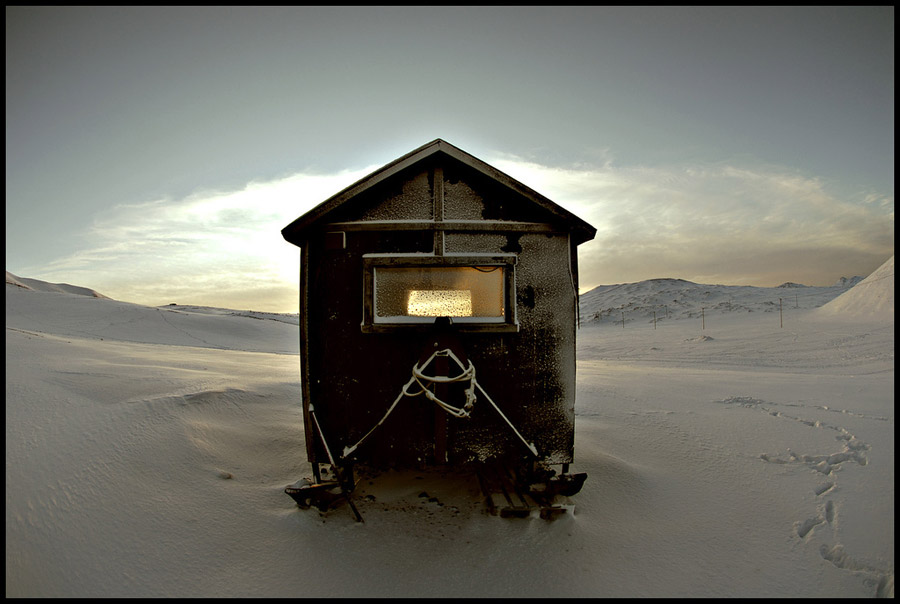 tiny-house-on-skis-3