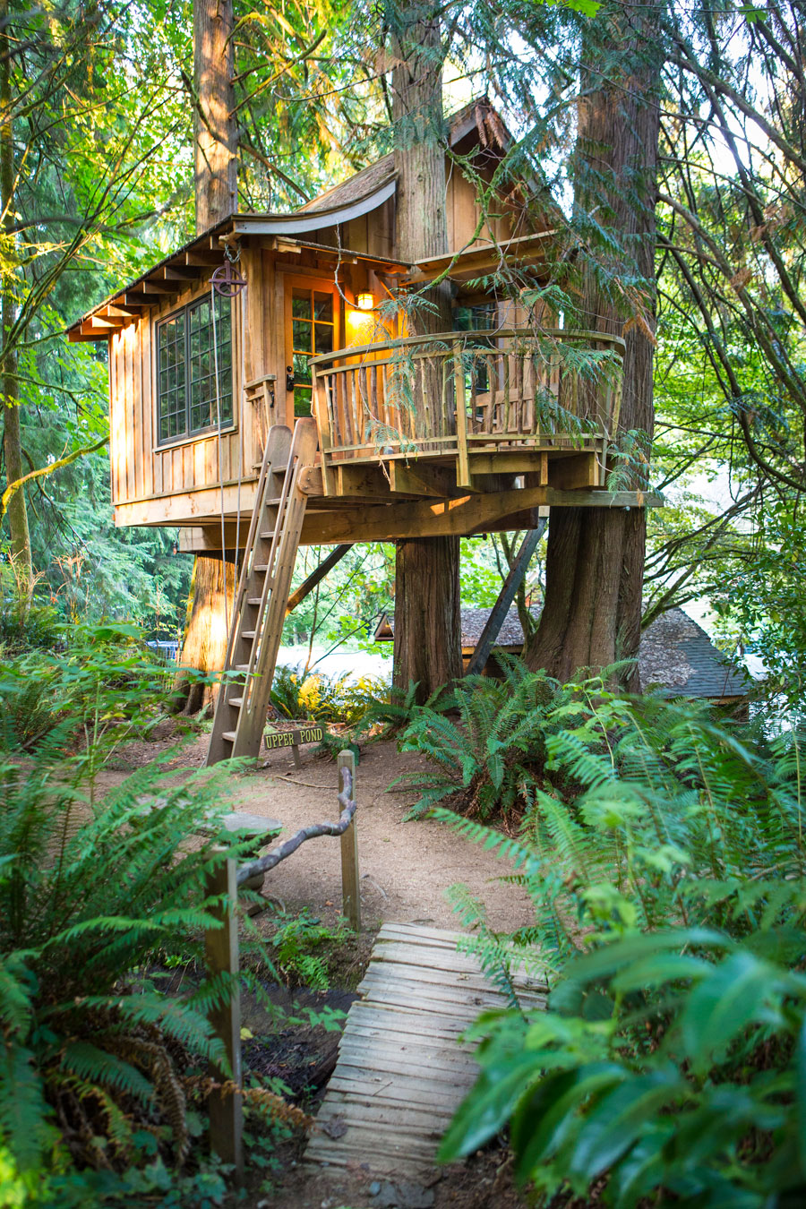 treehouse-point-1