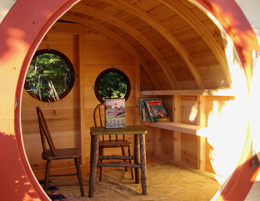 Woodshire Hobbit Hole Tiny House Swoon