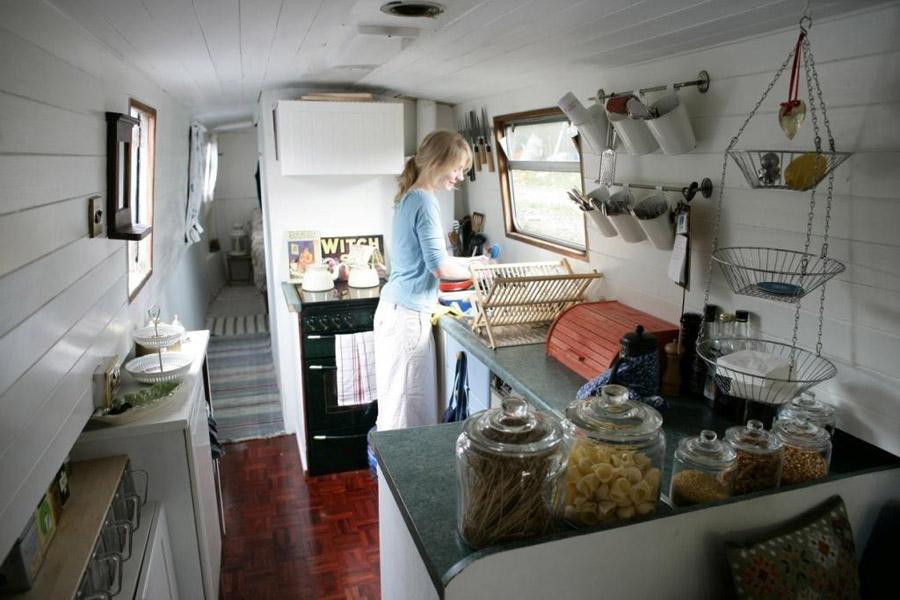 Emmas Houseboat Tiny House Swoon