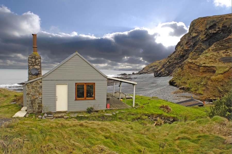 The Beach Hut Tiny House Swoon