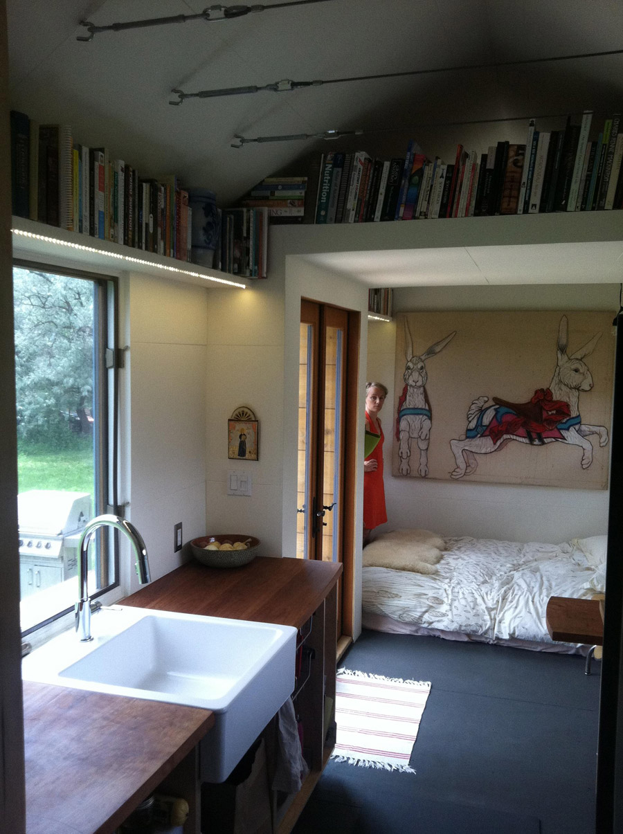 family built tiny house tiny house swoon. Black Bedroom Furniture Sets. Home Design Ideas