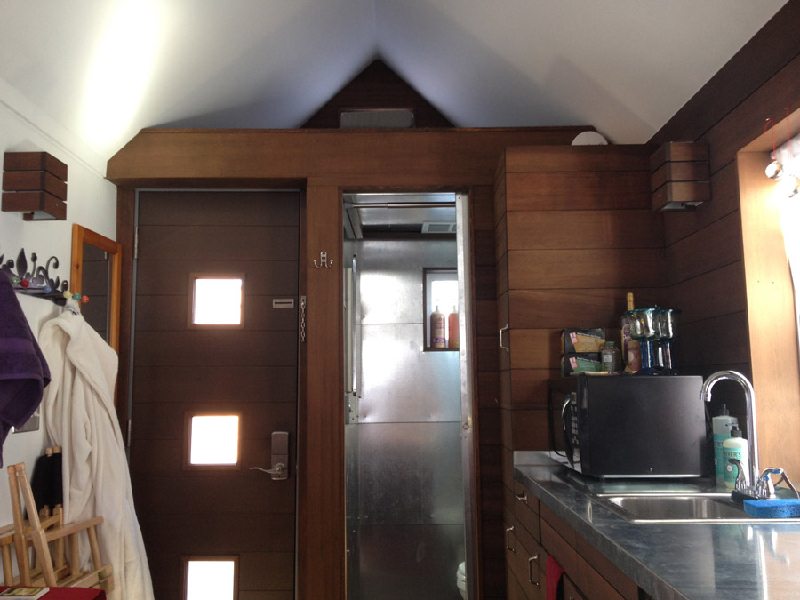 The pearl tiny house swoon for Houses inside and out