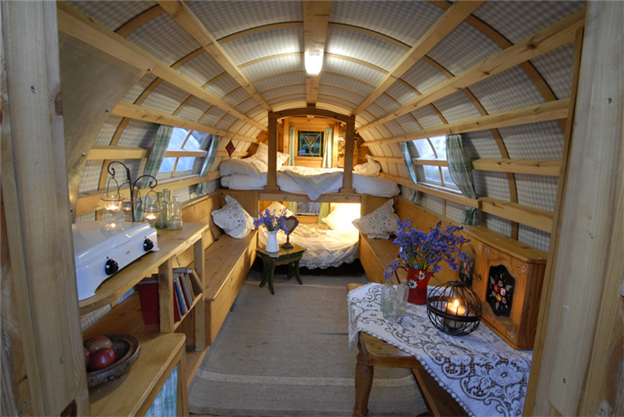 Bowtop Caravan Tiny House Swoon