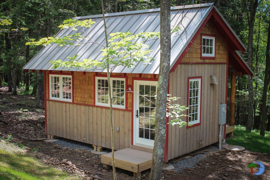 Skyeia Tiny House Swoon