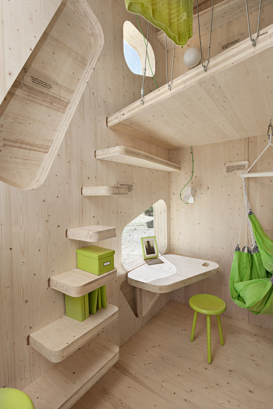Smart student unit tiny house swoon for Smart small home designs