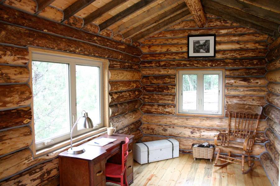 The Ski Hut - Tiny House Swoon