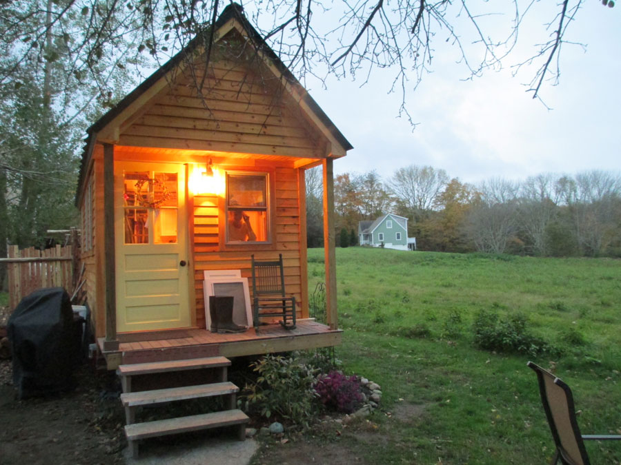 rhode-island-tiny-house-1