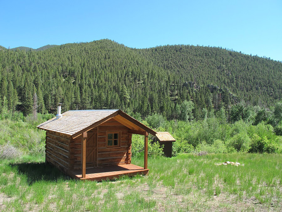 beaver-log-cabin-5