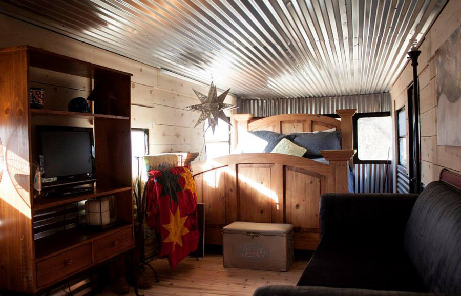 Jennie's Restored Spartan - Tiny House Swoon