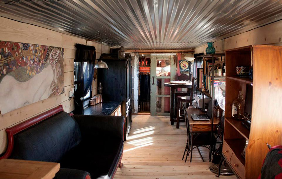 Jennie S Restored Spartan Tiny House Swoon