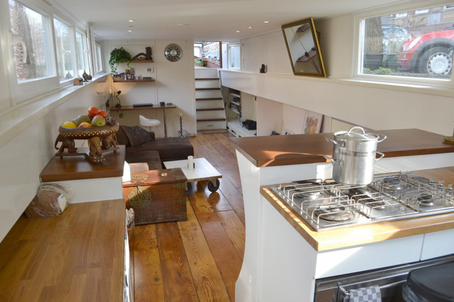 Amsterdam Houseboat Tiny House Swoon