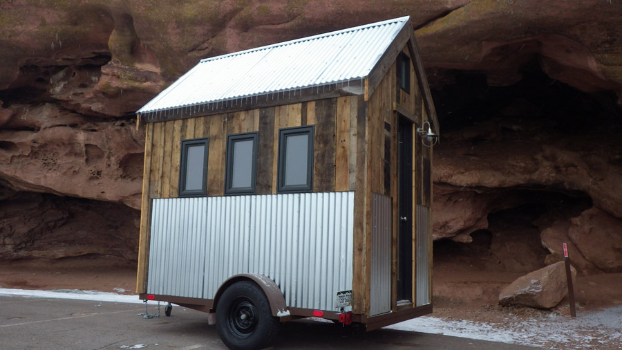 rocky-mountain-tiny-house-1