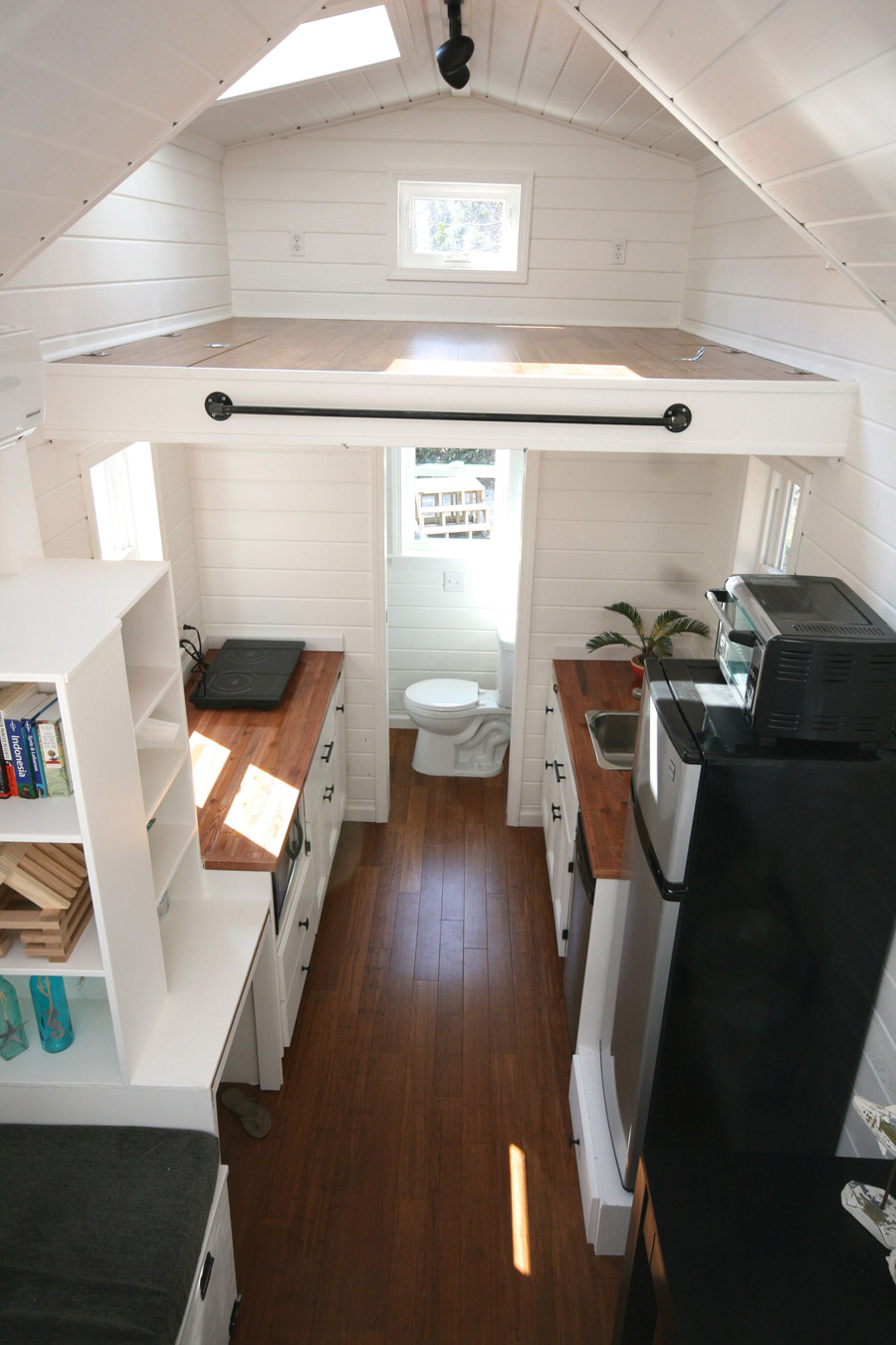 Other tiny houses jsdoithouse living the tiny life for Idee interieur maison