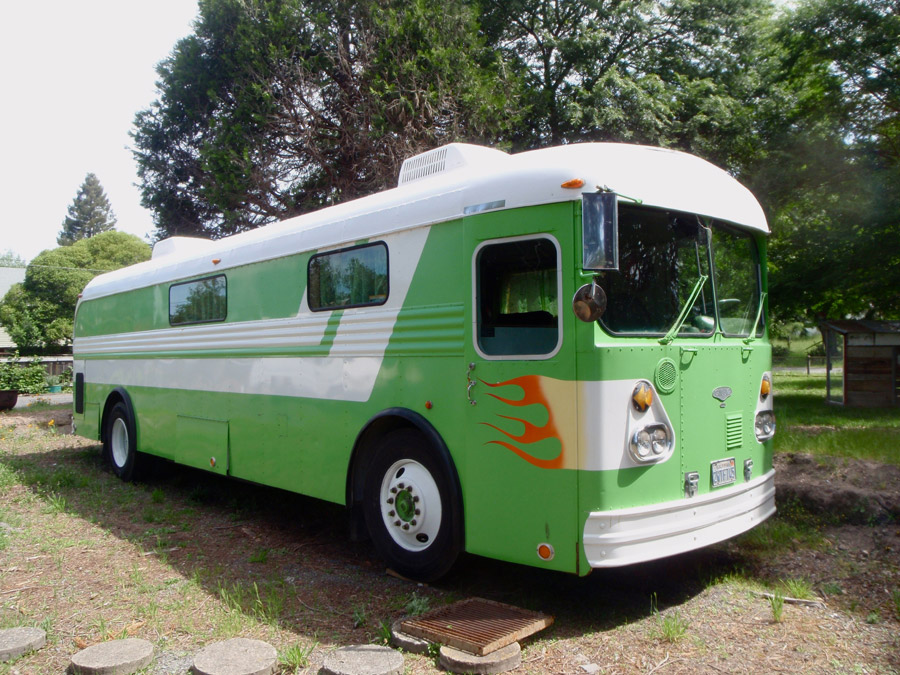 gilligan-the-big-green-bus-1