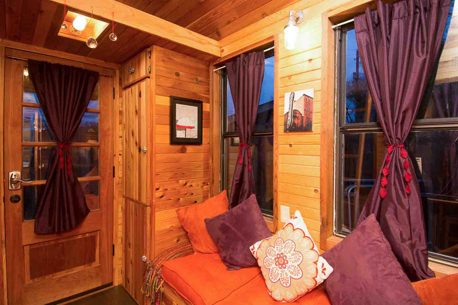 Rosebud Tiny House Swoon