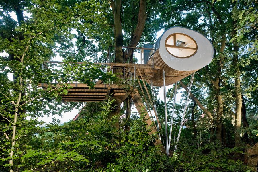 djuren-treehouse-baumraum-1