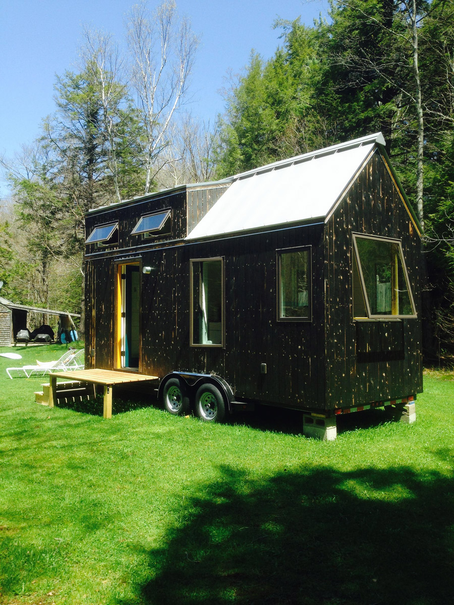 jones-tiny-house-1