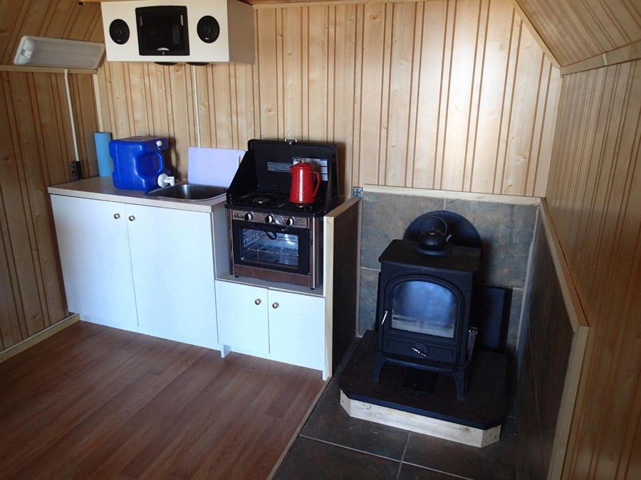 andrews-desert-tiny-cabin-4