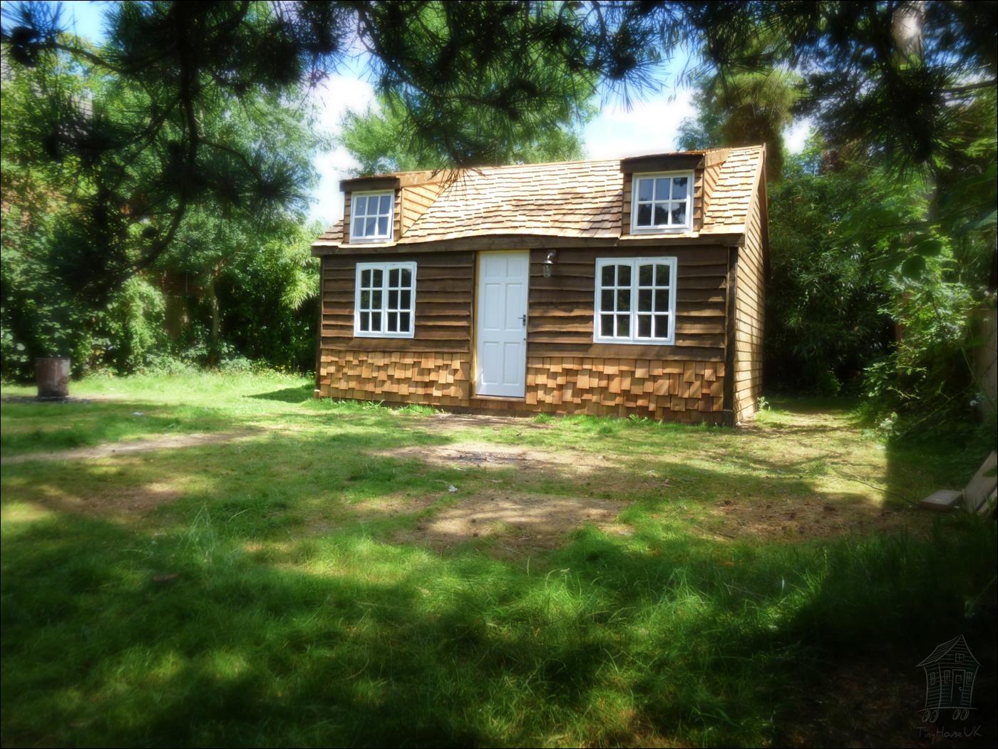 bespoke-cabin_cozy-cottage-a2
