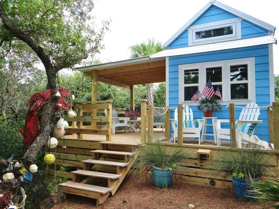 St. George Island Tiny House - Tiny House Swoon