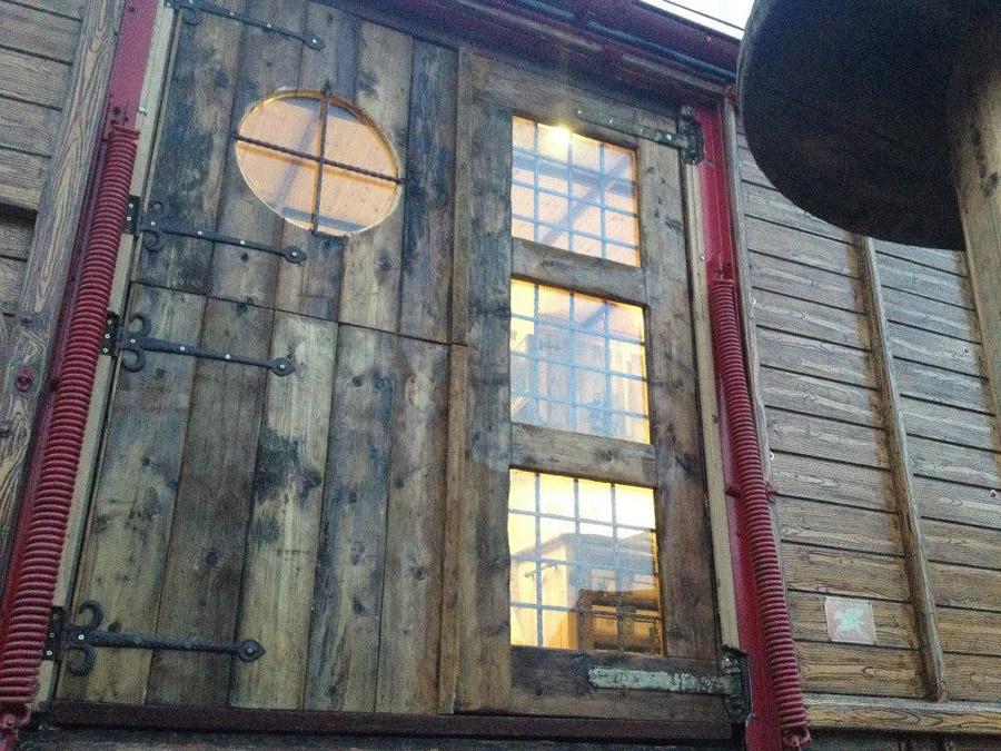 peafield-house-box-16