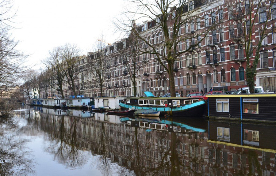amsterdam-canal-boat-7
