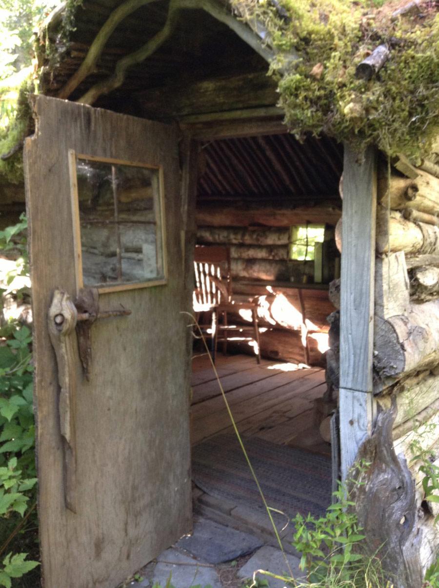 bella-coola-cabin-2