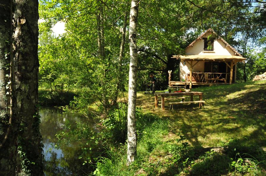 poachers-cabin-7