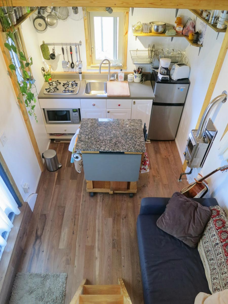 Vagabode tiny house swoon for Tiny house interieur