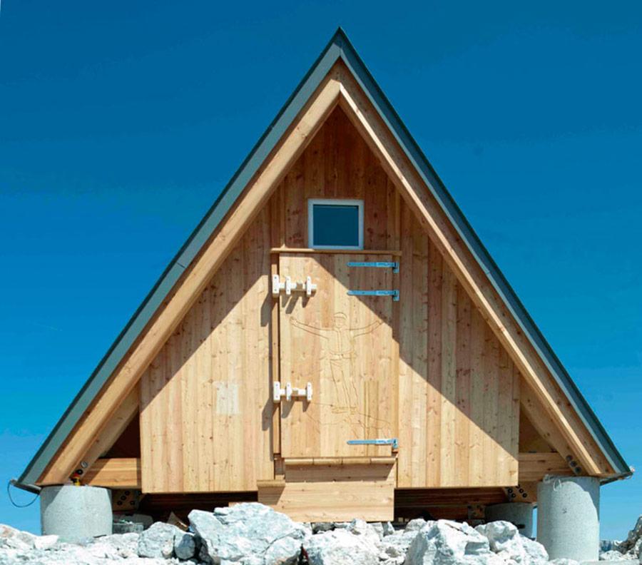 mountaintop-cabin-giovanni-pesamosca-3