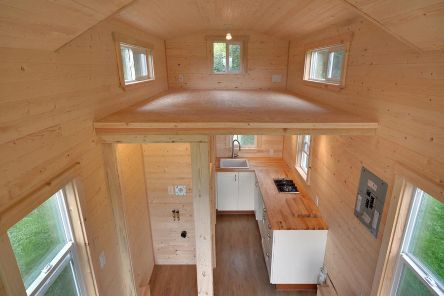 tiny-living-cabin-4