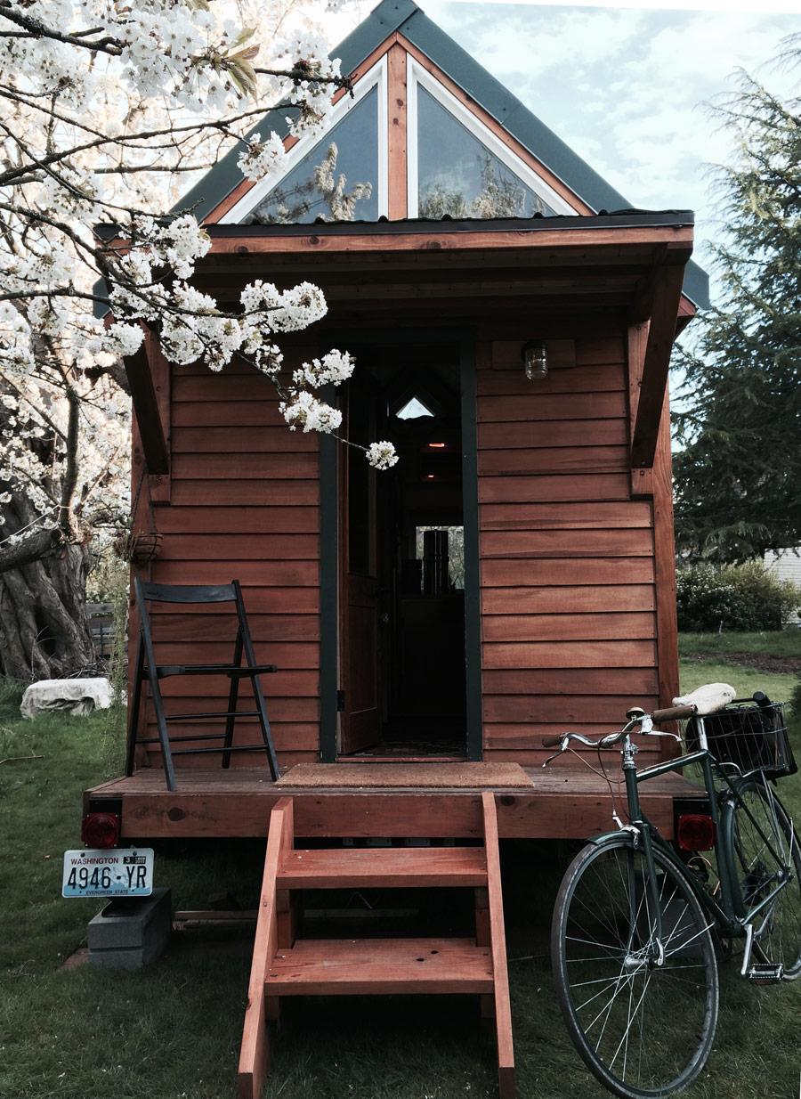 point-robinson-cabin-1