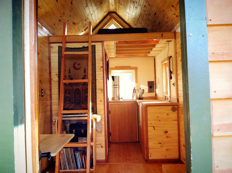 point-robinson-cabin-2