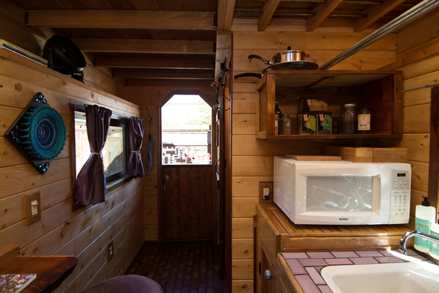 roly-poly-tiny-house-hotel-2