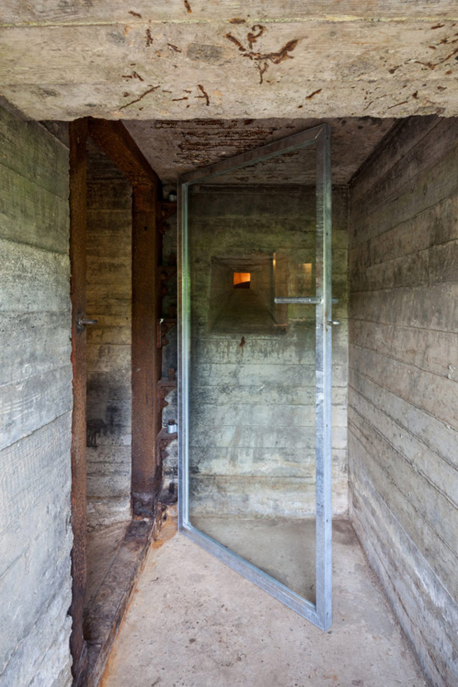 war-bunker-house-2
