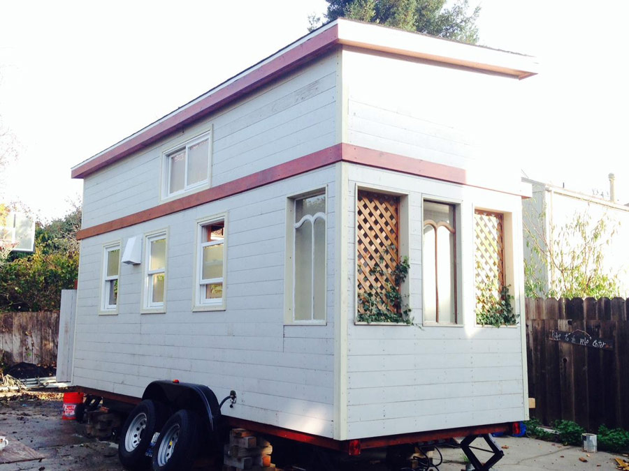 zacharys-tiny-house-1