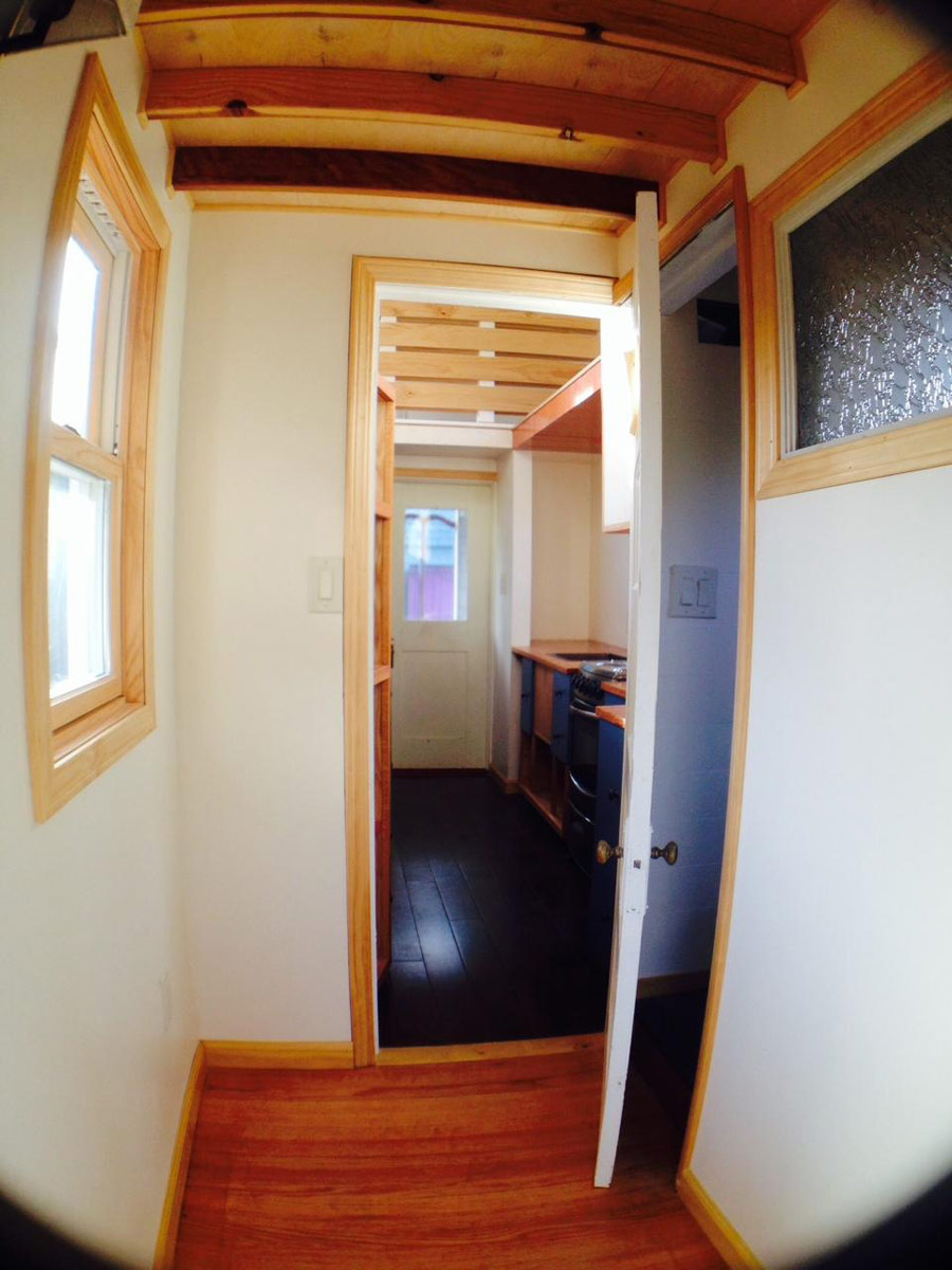 zacharys-tiny-house-2