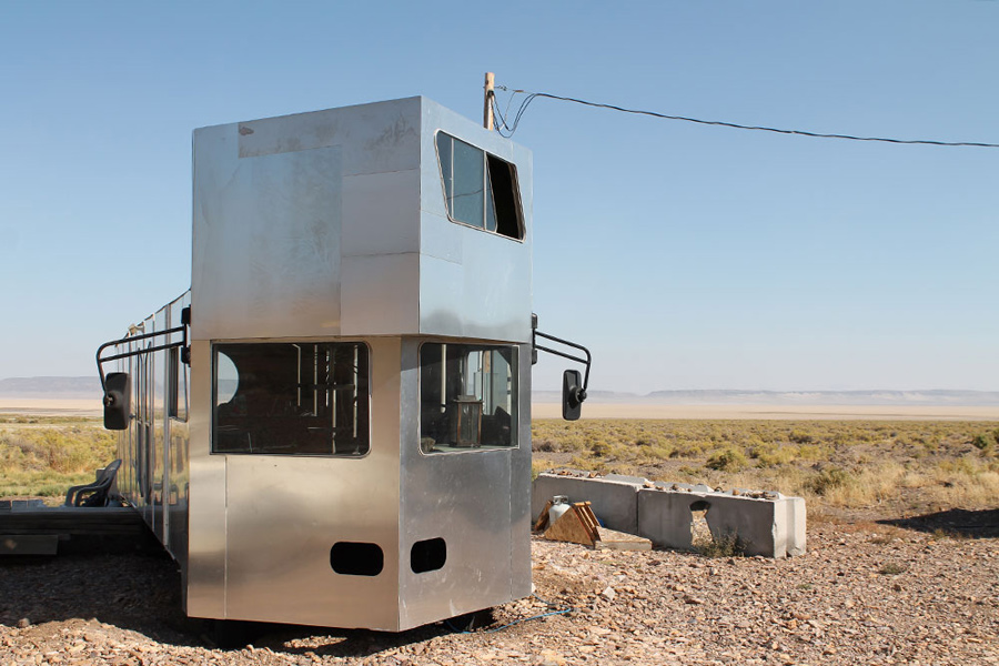 alvord-desert-tiny-house-1