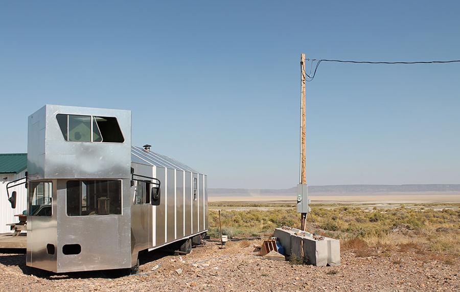 alvord-desert-tiny-house-2