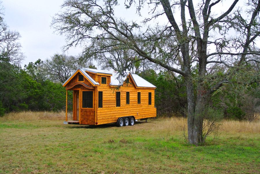 30-foot-tiny-house-rocky-mountain-tiny-houses-1