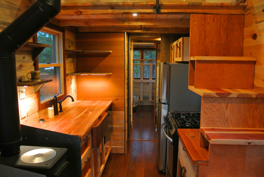 30-foot-tiny-house-rocky-mountain-tiny-houses-2